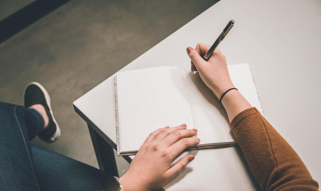 La scrittura autobiografica: il fascino e la curiosità di giocare con la memoria